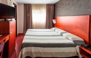 Chambre simple avec lit double Hotel Nuevo Torreluz
