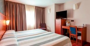 CHAMBRE DOUBLE AVEC PARKING Hotel Nuevo Torreluz